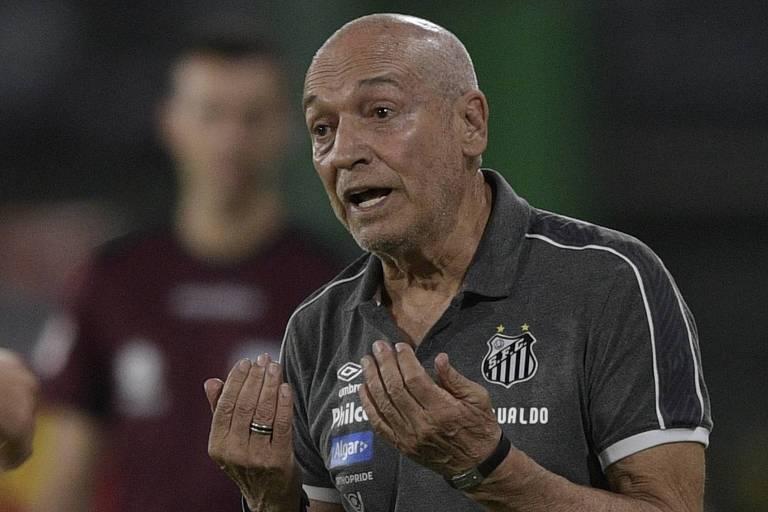 O técnico do Santos, Jesualdo Ferreira