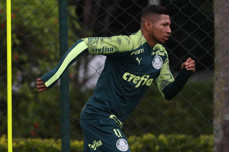 O atacante Rony, ex-Athletico-PR, foi contratado pelo Palmeiras no início desta temporada