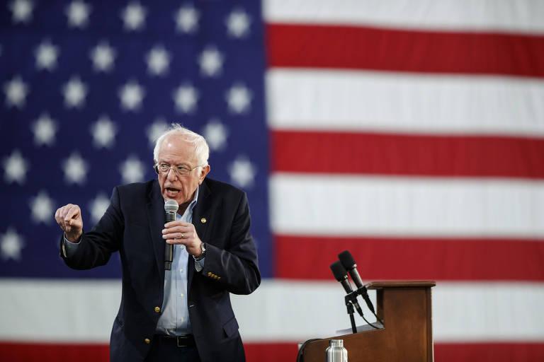 Bernie Sanders faz campanha em Springfield, no estado da Virgínia