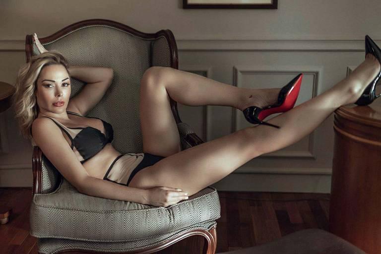 Imagens da modelo Juliana Isen
