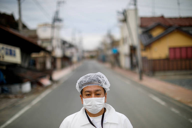 Yuji Onuma teve de deixar a cidade de Futaba, abandonada após o desastre nuclear em Fukushima
