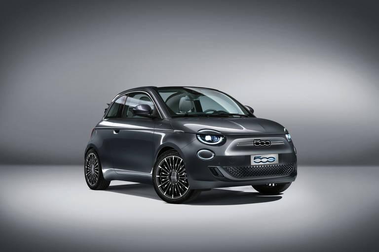 Fiat 500 chega neste ano só com motor elétrico