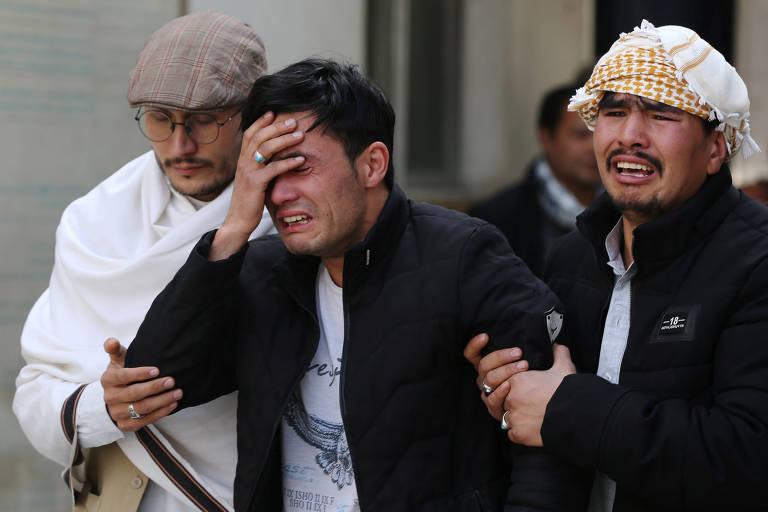 Ataque em evento político deixa 32 mortos na capital do Afeganistão