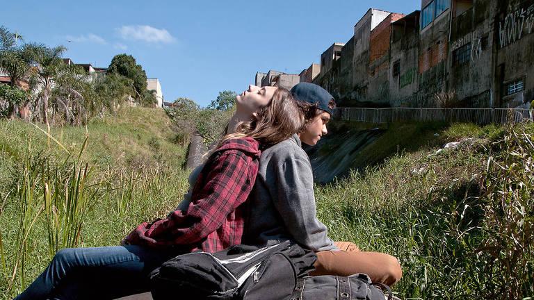 Veja fotos do filme 'Meio Irmão'
