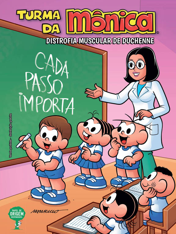 Capa de revista com professora e alunos escrevendo em lousa