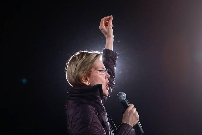 A senadora Elizabeth Warren durante evento de sua campanha em Las Vegas; ela deixou a disputa na última quinta (5)