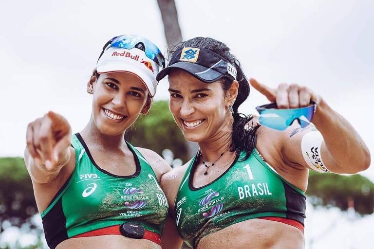 Separadas por 2.000 km e 15 anos, dupla se uniu no vôlei de praia
