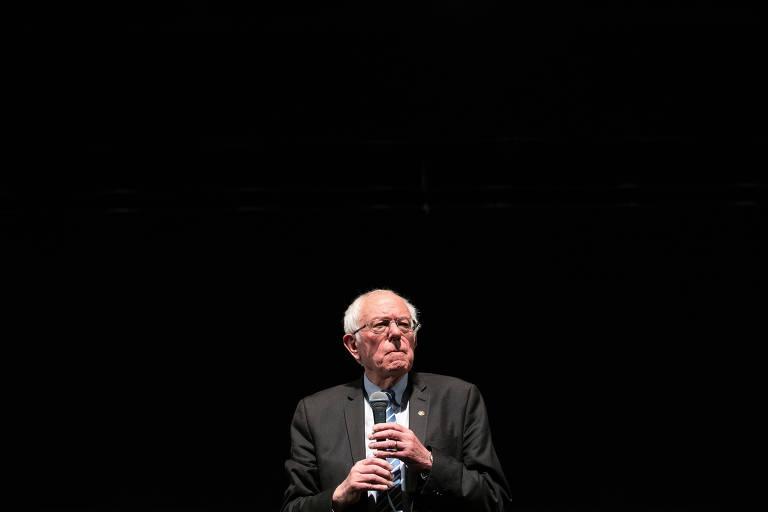 Bernie Sanders participa de evento no Missouri, estado que vota nesta terça
