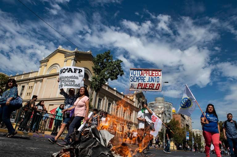 Protesto contra o governo de Sebastián Piñera, em 11/3