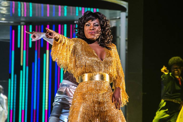 Cena do musical 'Donna Summer', dirigido por Miguel Falabella