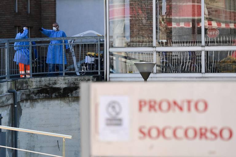 Pronto-socorro em Milão, na Itália, atende casos de coronavírus