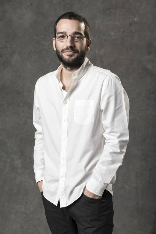 Imagens do ator Humberto Carrão