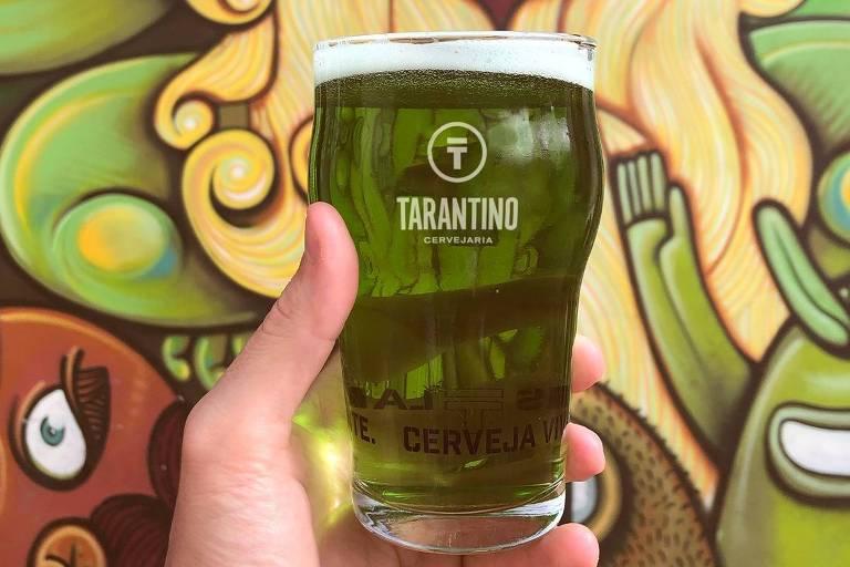 Chope verde da Cervejaria Tarantino no St. Patrick's 2020