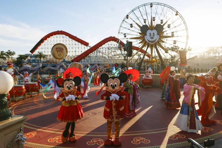 Apresentação no parque da Disney em Anaheim, na Califórnia