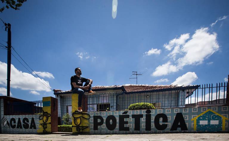 Veja fotos da Casa Poética
