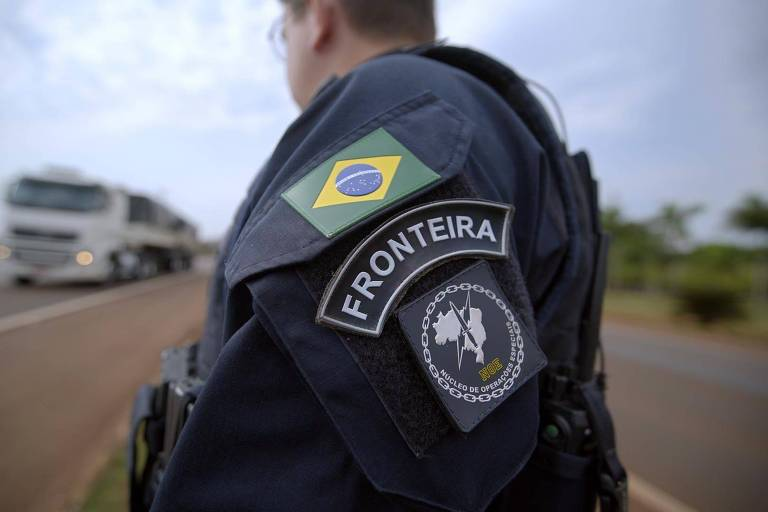 """Imagens do novo reality documental do canal Discovery, """"Operação Fronteira América do Sul"""""""