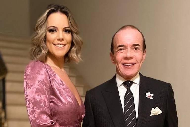 Chiquinho Scarpa posa com Fernanda Rizzi, a sua nova namorada