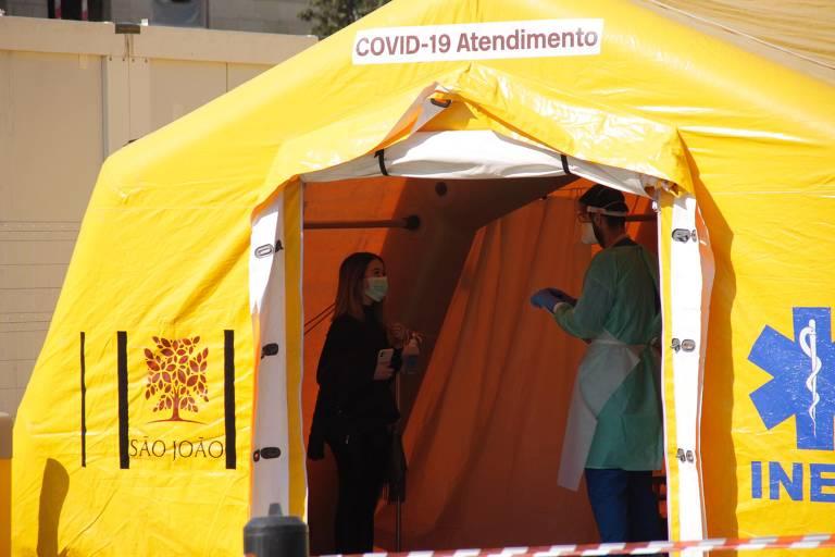 Portugal arma tendas para atender casos de coronavírus; veja fotos de hoje