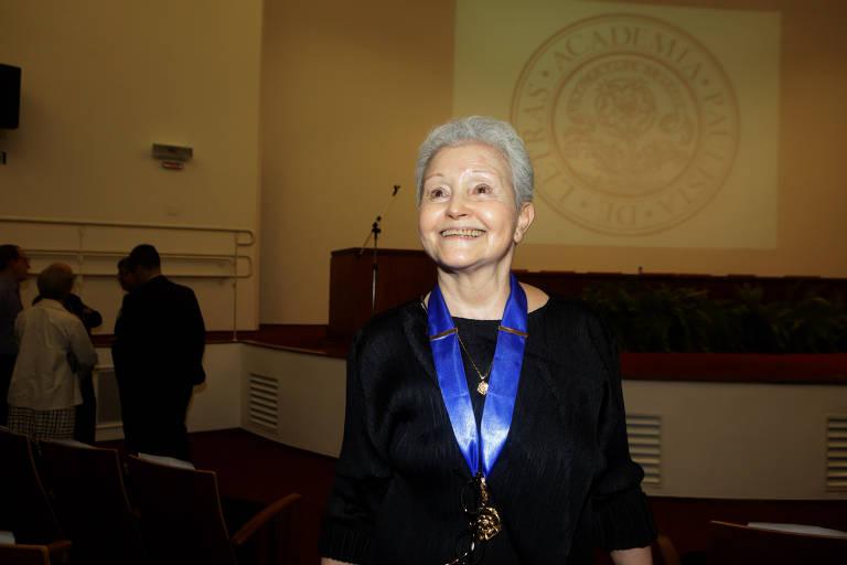 Posse da dramaturga Maria Adelaide do Amaral na Academia Paulista de Letras