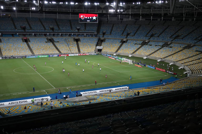 Flamengo e Portuguesa disputaram jogo do estadual já com portões fechados, em março