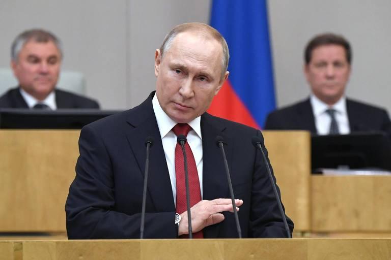 O presidente da Rússia, Vladimir Putin, em sessão na Duma, a câmara baixa do Parlamento, en Moscou