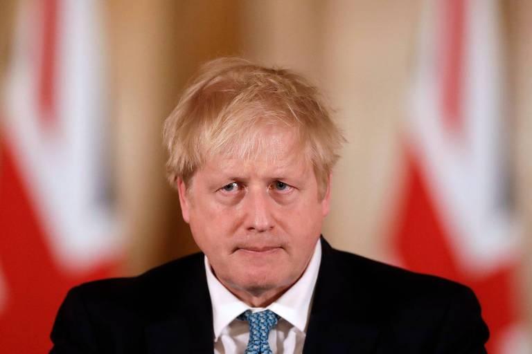 O primeiro-ministro britânico, Boris Johnson, durante entrevista coletiva em Londres na qual anunciou novas medidas contra a epidemia de coronavírus