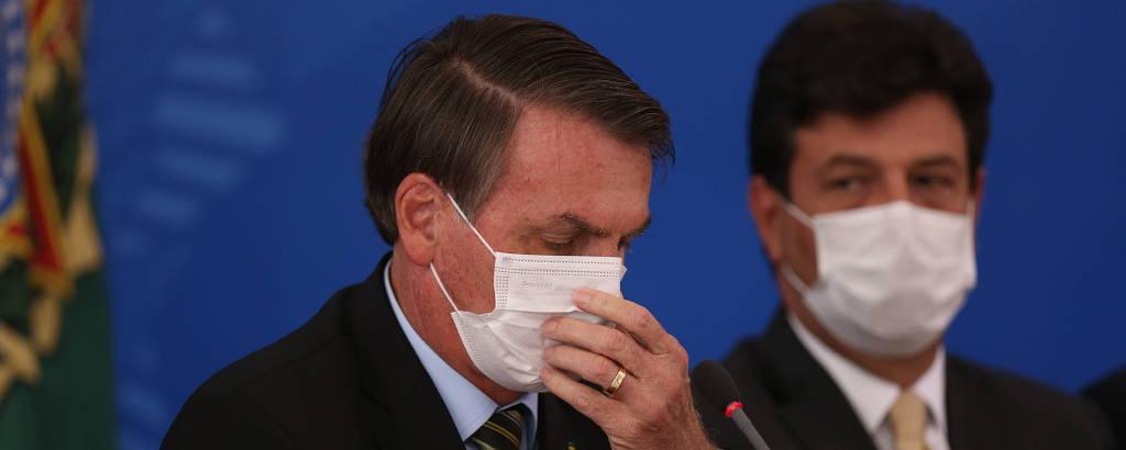 bolsonaro e mandetta de máscaras