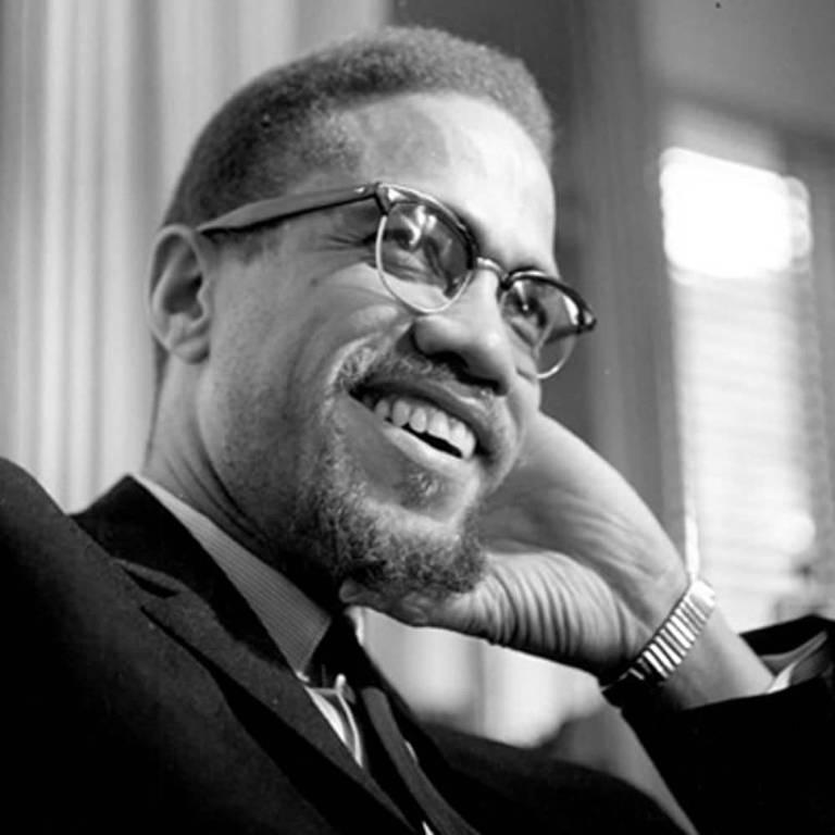 Veja imagens de 'Quem Matou Malcolm X?'