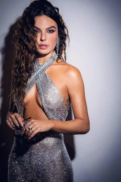 Imagens da atriz Isis Valverde