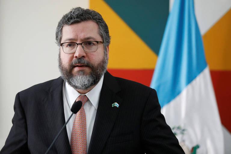 O ministro de Relações Exteriores brasileiro, Ernesto Araújo, durante entrevista coletiva em Guatemala