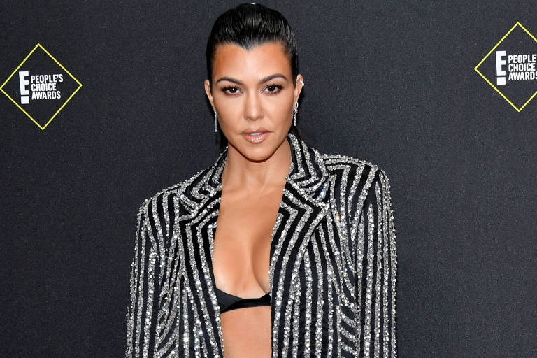 Kourtney Kardashian na premiação do People's Choice Awards 2019