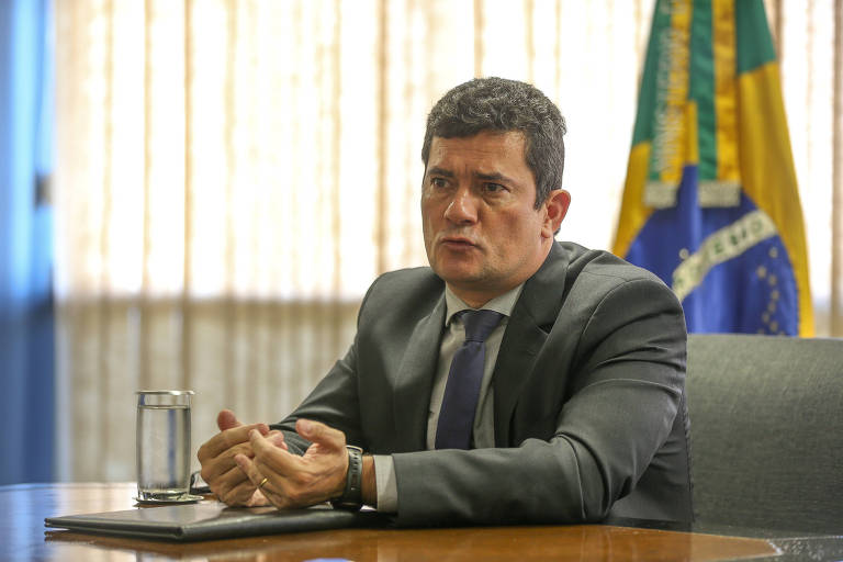 O ministro da Justiça Sérgio Moro durante entrevista exclusiva à Folha em seu gabinete