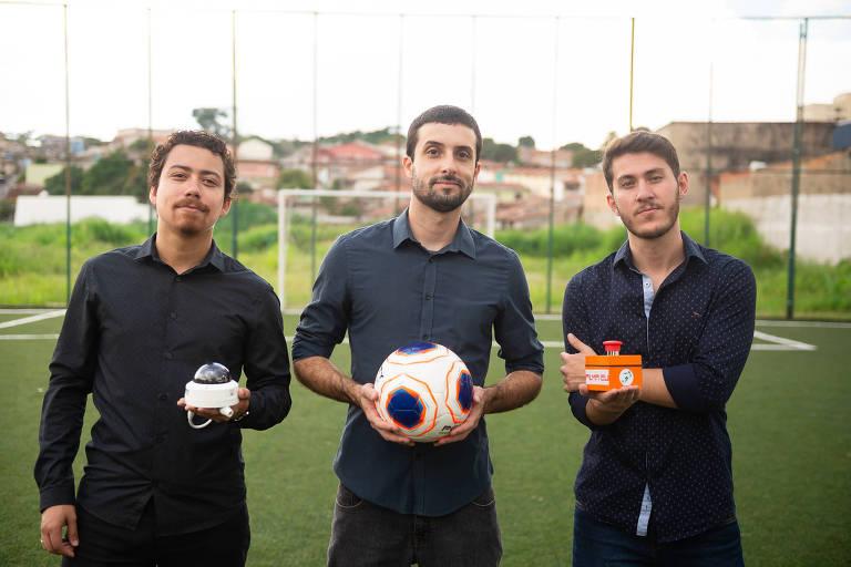Rafael Ávila, 26, Vitor Condino, 28, e Thassio Roger, 28, sócios da empresa Filma Eu