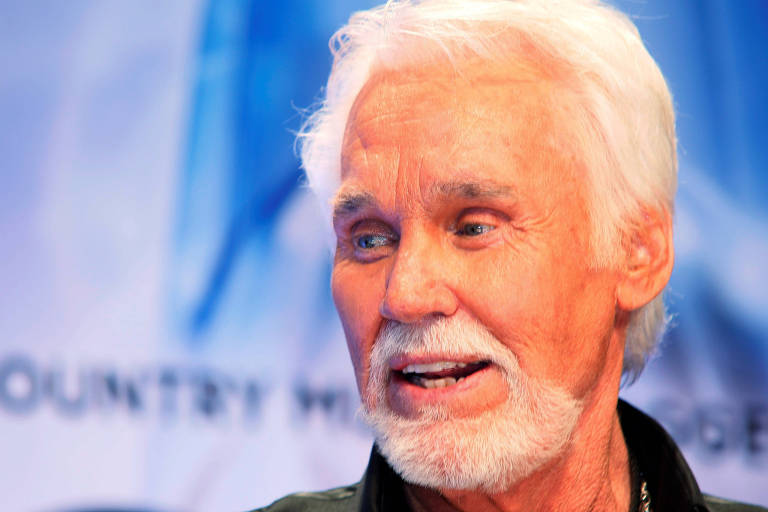 O cantor country americano Kenny Rogers, em 2013.