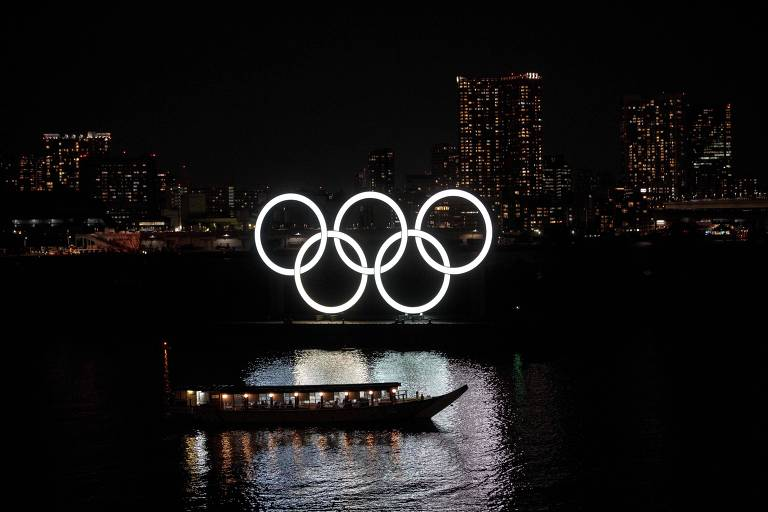 Anéis olímpicos em Odaiba, na capital japonesa, sede dos Jogos de 2020