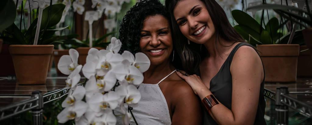 Nathalia Arcuri (à dir.) com Zica, empresária que participa do primeiro episódio