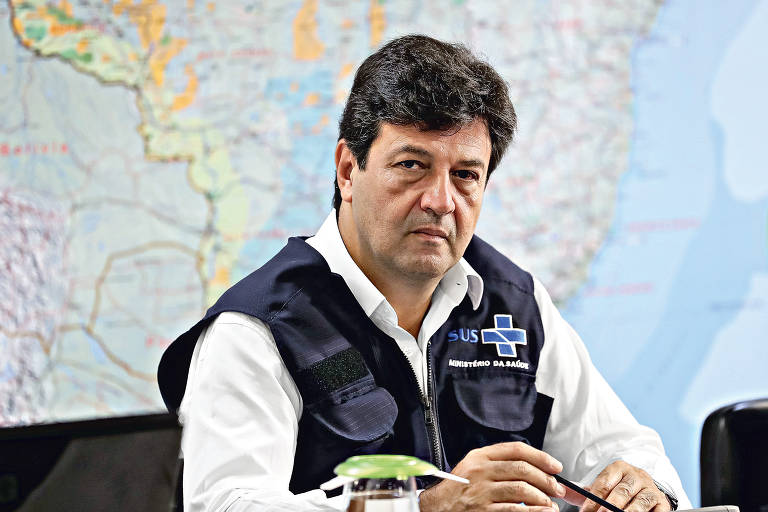 O ministro da Saúde com o agravamento da crise do coronavírus
