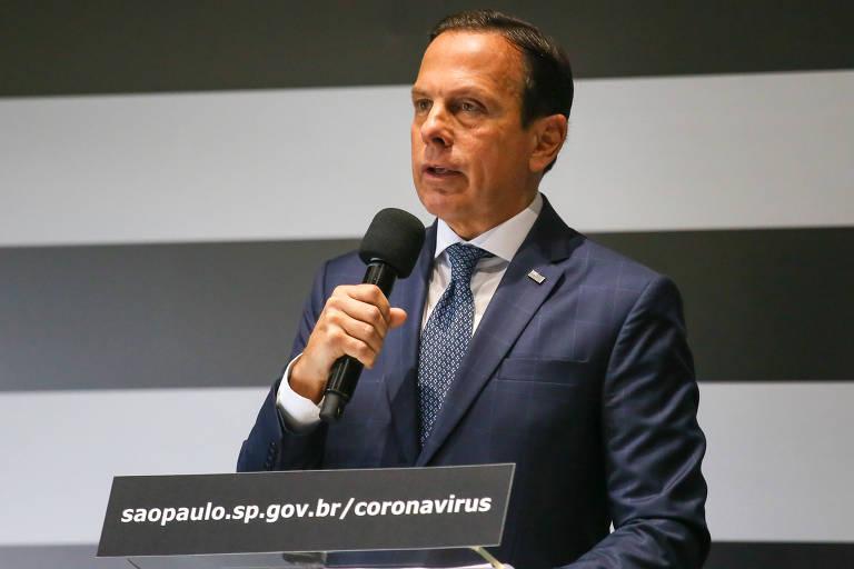 O governador de São Paulo, João Doria, dá entrevista coletiva sobre o coronavírus no Palácio dos Bandeirantes