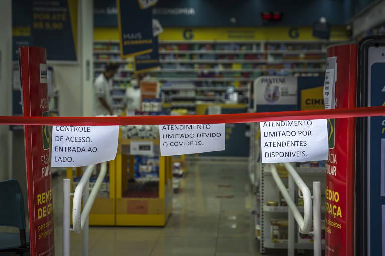 Em quarentena, São Paulo fecha comércios e restaurantes