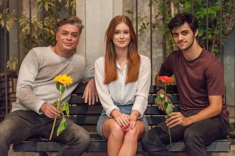 Da esq. para a dir.: Arthur (Fábio Assunção, Eliza (Marina Ruy Barbosa) e Jonatas (Felipe Simas) na trama