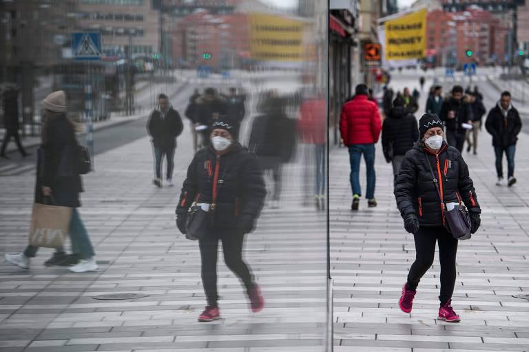 Suécia contraria tendência global com método menos restritivo contra coronavírus
