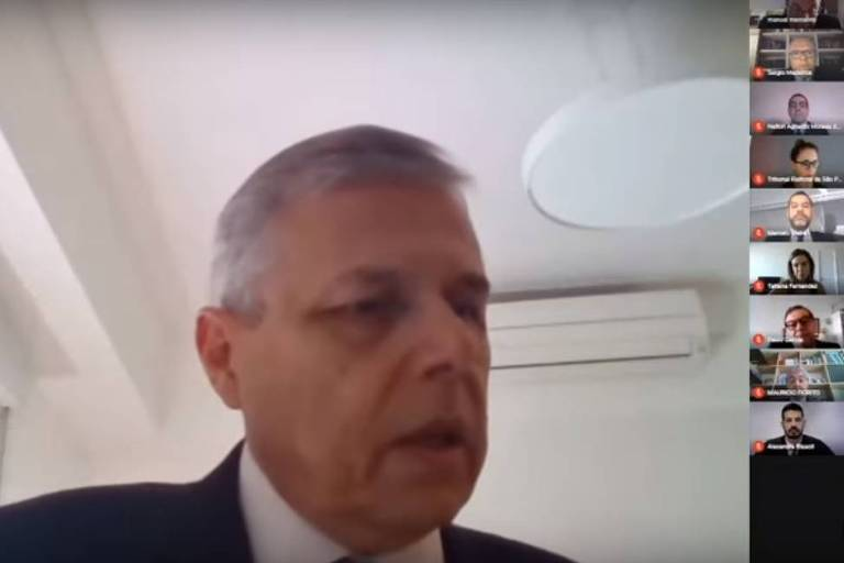 Sessão do TRE-SP (Tribunal Regional Eleitoral de São Paulo) por videoconferência
