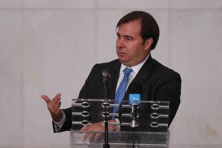 Presidente da câmara dos deputados Rodrigo Maia (DEM-RJ) pretende votar a PEC em dois turnos nesta sexta-feira (3)