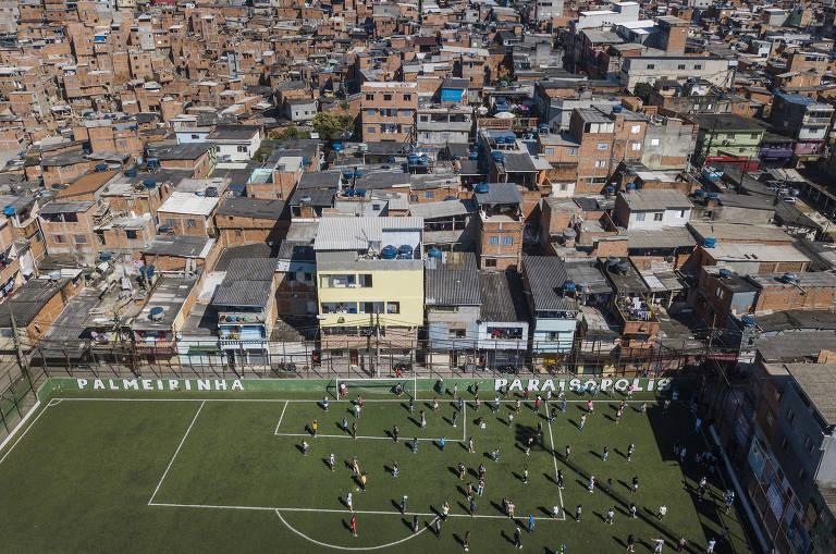 Paraisópolis tenta proteger seus moradores contra coronavírus