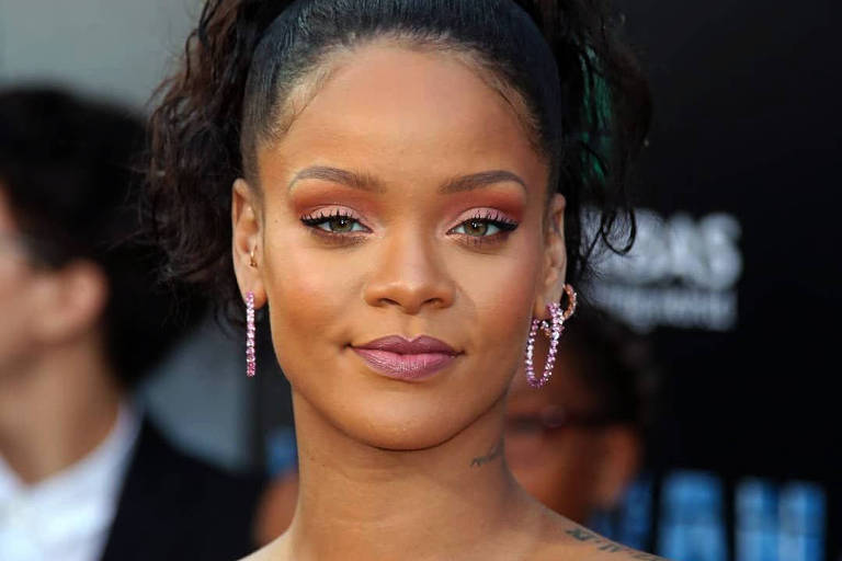 Sem produzir músicas desde 2016, Rihanna lança 'Believe It' de surpresa