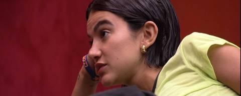 Manu questiona Gizelly: 'Você vai indicar o Felipe?' E Manu aconselha: