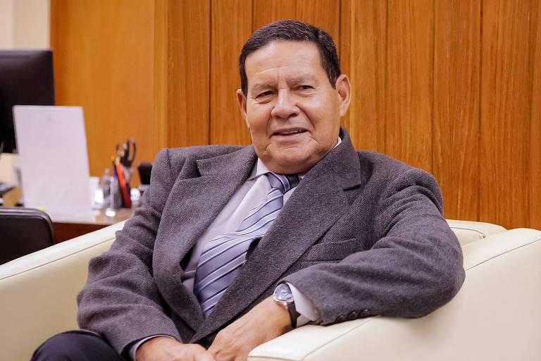O vice-presidente, general Hamilton Mourão, em entrevista à Folha