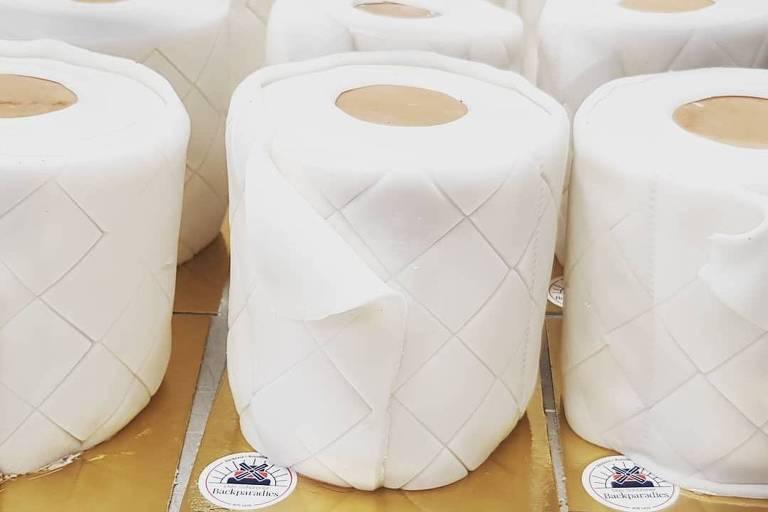 Padaria na Alemanha faz bolos em forma de papel higiênico