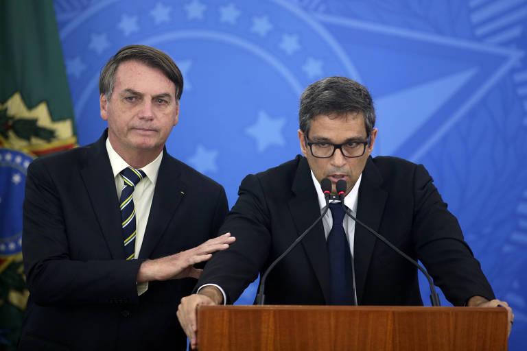 Presidente Jair Bolsonaro e o presidente do Banco Central, Roberto Campos Neto
