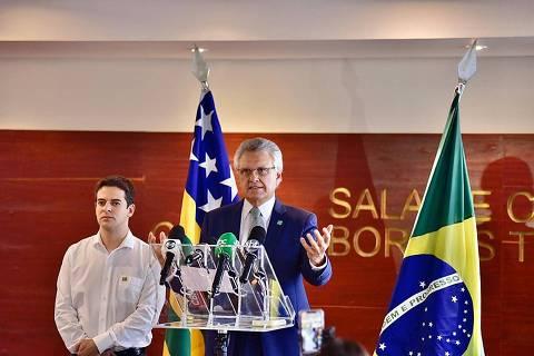 Se Bolsonaro não agir, vai haver desobediência civil e povo vai quebrar tudo, diz Caiado
